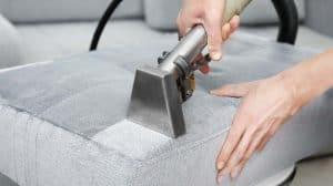 sohvan tekstiilipesu