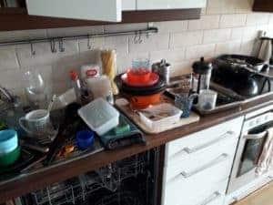 keittiöntaso ennen puhdistusta